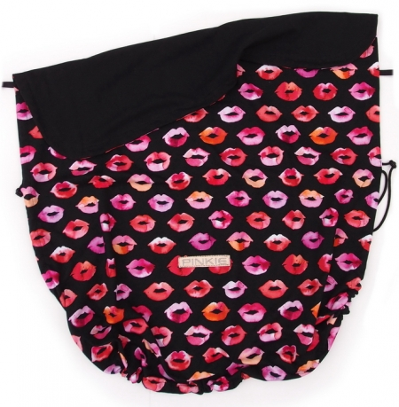 Zubindbare Decke Pinkie Kiss Black