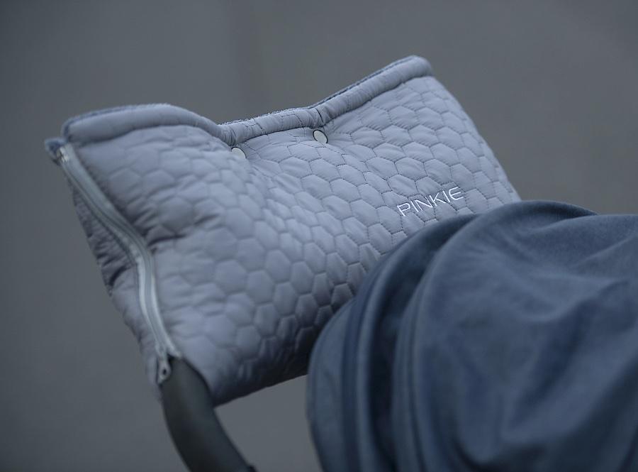 kliknutít zobrazíte maximální velikost obrázku Handwärmer Big Comb Grey