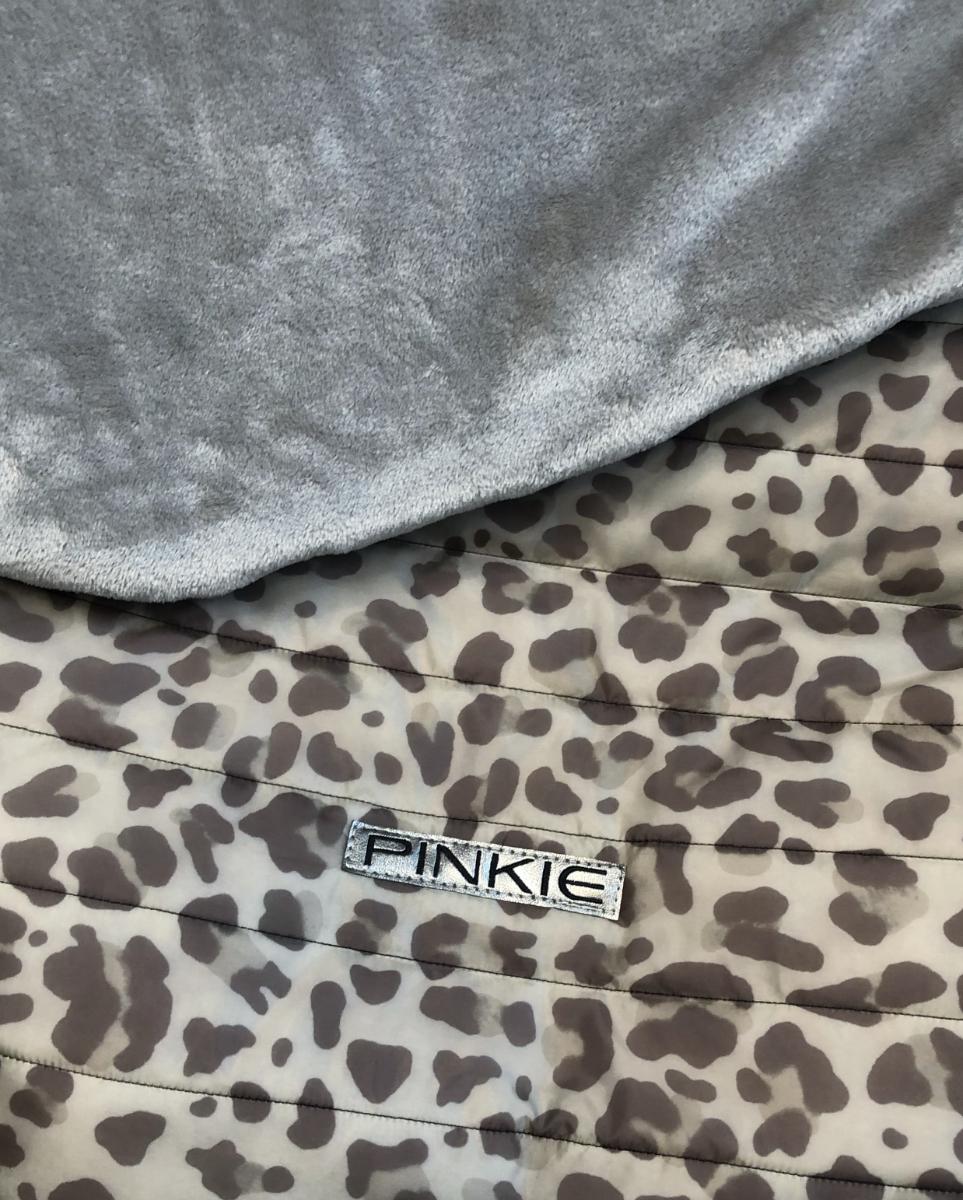 kliknutít zobrazíte maximální velikost obrázku Warme zubindbare Decke Animal Grey
